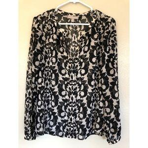 Banana Republic black/white button down blouse